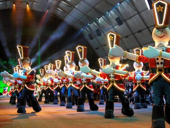 Imagem representando o passeio Grande Desfile de Natal - Ingresso e Transporte