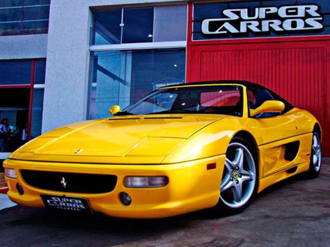 Imagem representando o passeio Drive de Ferrari em Gramado
