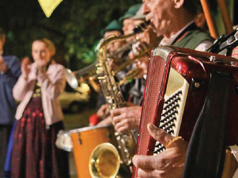 A foto mostra a cultura alemã de música